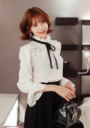Ribbon Accent Pleated Collar Blouse
